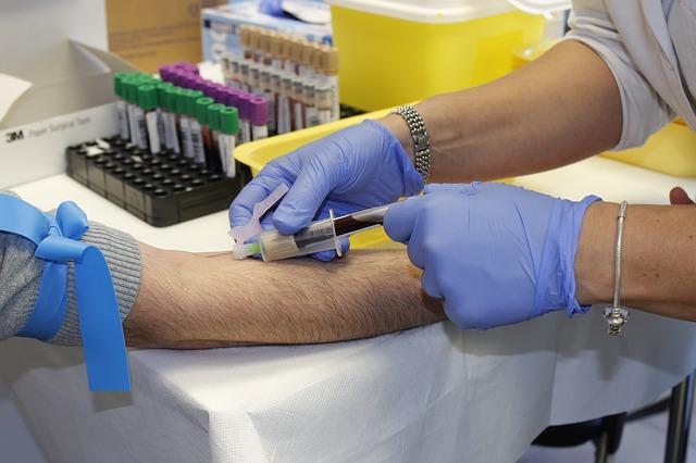 Basta bufale sulla donazione urgente del sangue a bambini